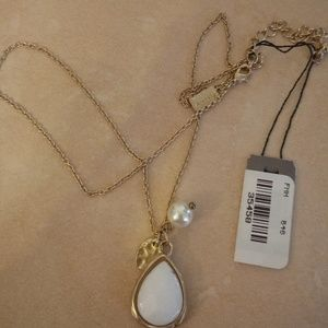 Canvas Jewelry White Gold Teardrop Necklace NWT